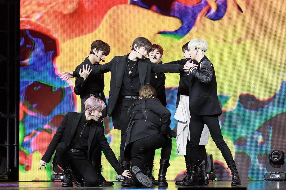 DRIPPIN, 컴백 쇼케이스 완성… 전세계 65 만 팬들과의 소통-   나인 스타즈 뉴스